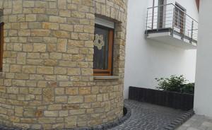 Natursteinmauerwerk Irsch
